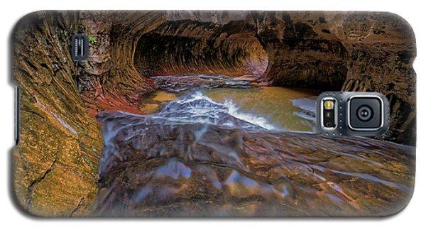 Galaxy S5 Case featuring the photograph Zion Subway by Jonathan Davison