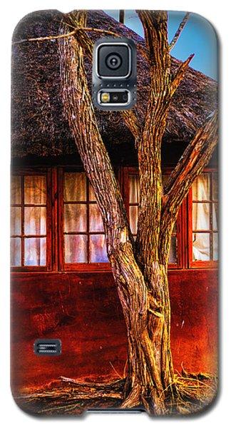 Zulu Hut Galaxy S5 Case by Rick Bragan