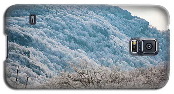 Frost On The Mountain Galaxy S5 Case