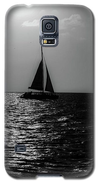 Sailing Into The Sunset Black And White Galaxy S5 Case