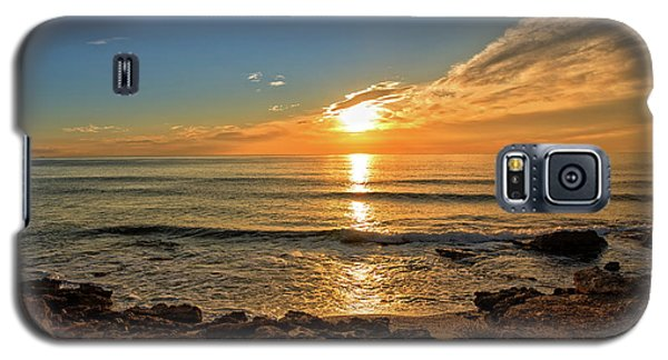 The Calm Sea In A Very Cloudy Sunset Galaxy S5 Case