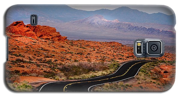 Winding Road In Valley Of Fire Galaxy S5 Case