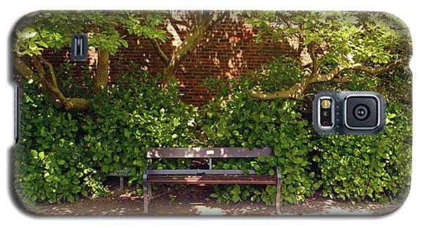 11/05/19 Chorley. Astley Hall. Walled Garden. Sunlit Bench. Galaxy S5 Case