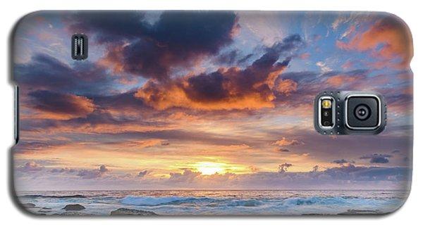 An Atmospheric Sunrise Seascape Galaxy S5 Case