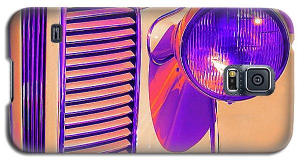 1937 Dodge Glowing Galaxy S5 Case