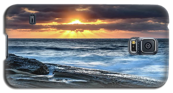 A Moody Sunrise Seascape Galaxy S5 Case