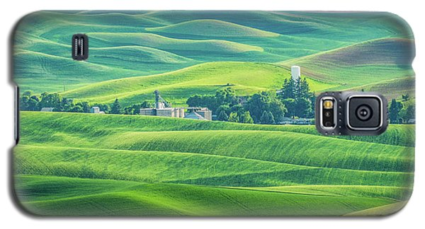 A Home In The Hills Galaxy S5 Case