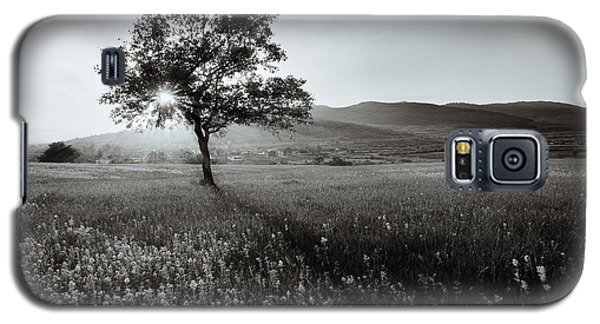 Cold Galaxy S5 Case - Abstract  Black And White Landscape by Ssokolov