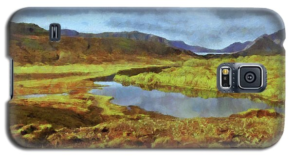 Galaxy S5 Case featuring the digital art An Icelandic Landscape Of Indescribable Beauty. by Digital Photographic Arts