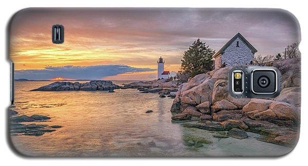 April Sunset At Annisquam Harbor Lighthouse Galaxy S5 Case