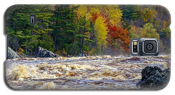 Autumn Colors And Rushing Rapids   Galaxy S5 Case