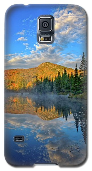Autumn Sky, Mountain Pond Galaxy S5 Case