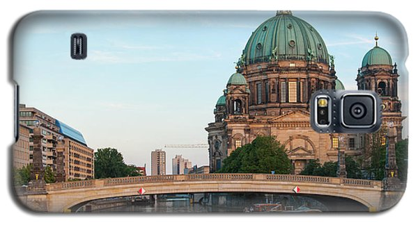 Berliner Dom And River Spree In Berlin Galaxy S5 Case