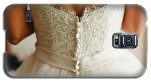 Bride Getting Ready, They Help Her By Buttoning The Buttons On The Back Of Her Dress. Galaxy S5 Case