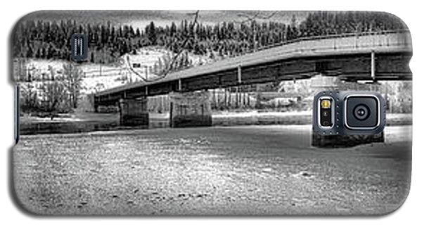Bridge Over Frozen Waters Galaxy S5 Case