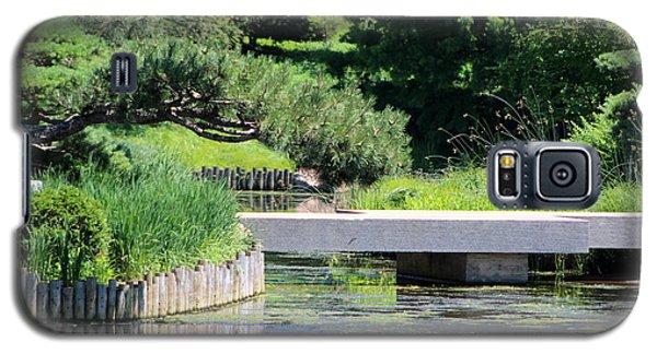 Bridge Over Pond In Japanese Garden Galaxy S5 Case