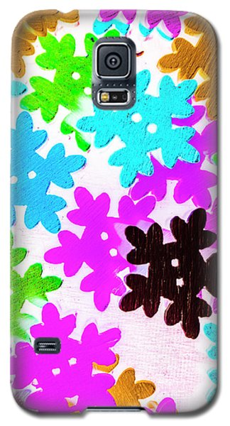 Icy Galaxy S5 Case - Button Blizzard by Jorgo Photography - Wall Art Gallery