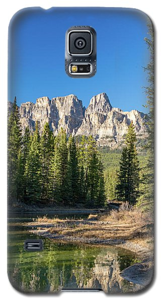 Castle Cliffs And Reflections Galaxy S5 Case