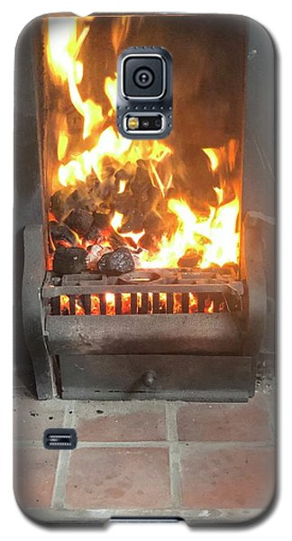Cosy Winter Fire Galaxy S5 Case