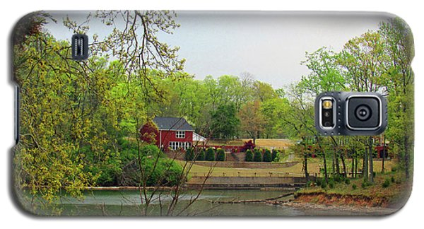Country Living On The Tennessee River Galaxy S5 Case