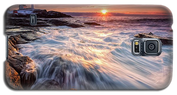 Crashing Waves At Sunrise, Nubble Light.  Galaxy S5 Case