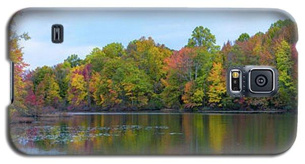 Davidson's Mill Pond Autumn Panorama  Galaxy S5 Case