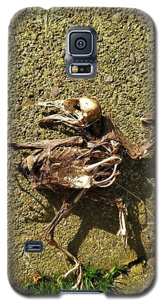 Death Shows Us We Are Nothing But Bones Galaxy S5 Case