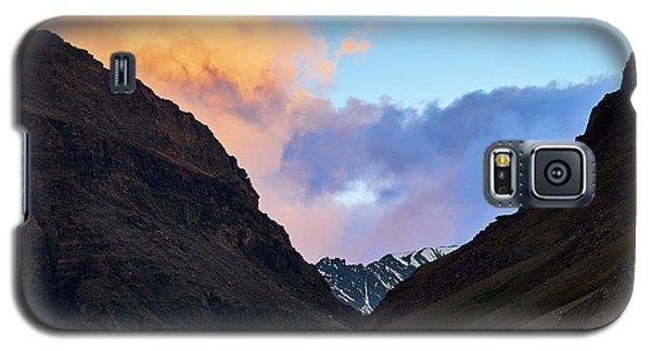 Early Morning Clouds In Sarchu Galaxy S5 Case