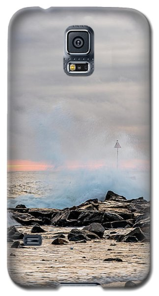 Explosive Sea 5 Galaxy S5 Case