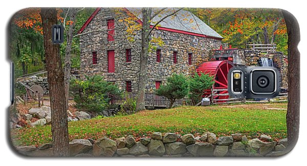 Fall Foliage At The Grist Mill Galaxy S5 Case