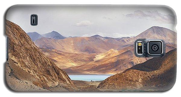 First Glimpse Galaxy S5 Case