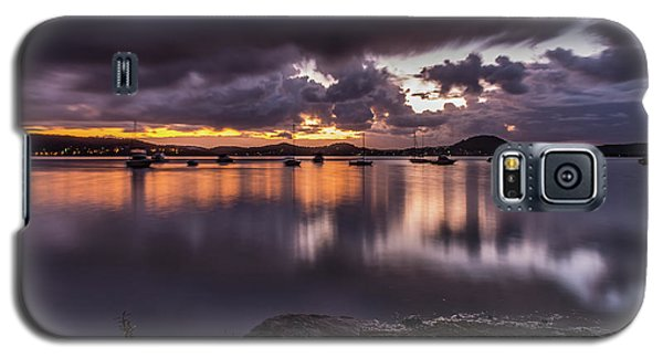 First Light With Heavy Rain Clouds On The Bay Galaxy S5 Case