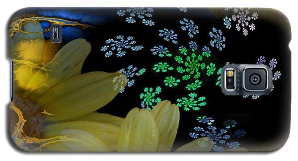 Flower Power In The Modern Age Galaxy S5 Case