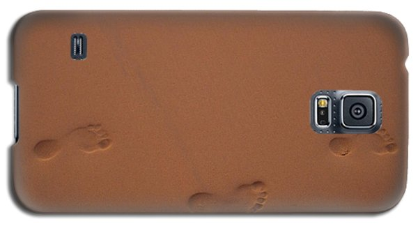 Foot Prints In Sand Galaxy S5 Case