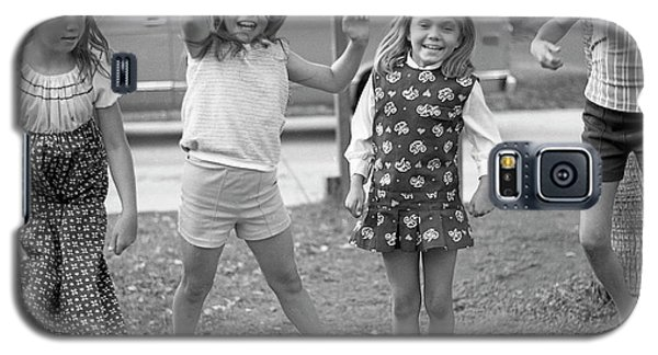Four Girls, Jumping, 1972 Galaxy S5 Case