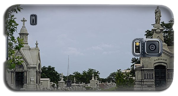 Framed In The Cemetery Galaxy S5 Case