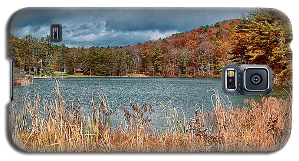Framed Lake Galaxy S5 Case