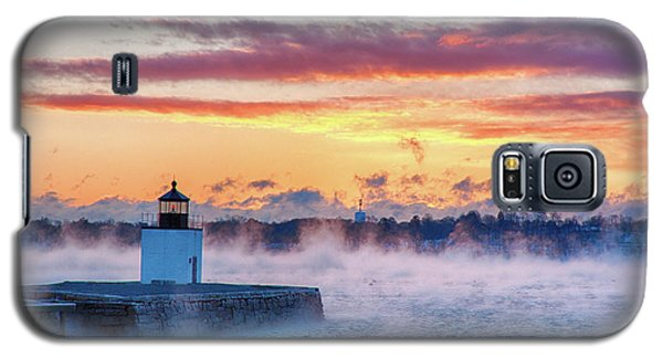 Frozen Fog On Salem Harbor Galaxy S5 Case