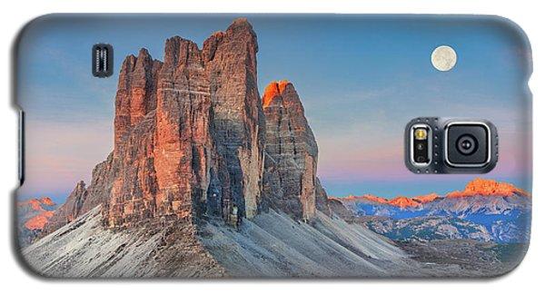 Full Moon Morning On Tre Cime Di Lavaredo Galaxy S5 Case
