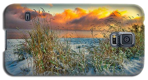 Grass And Snow Sunrise Galaxy S5 Case