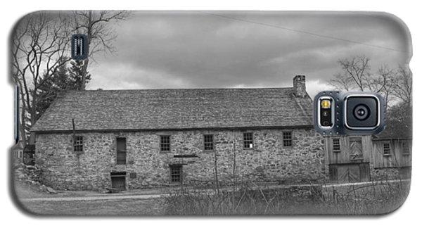 Grey Skies Over Fieldstone - Waterloo Village Galaxy S5 Case