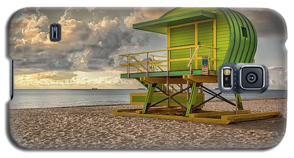 Green Lifeguard Stand Galaxy S5 Case