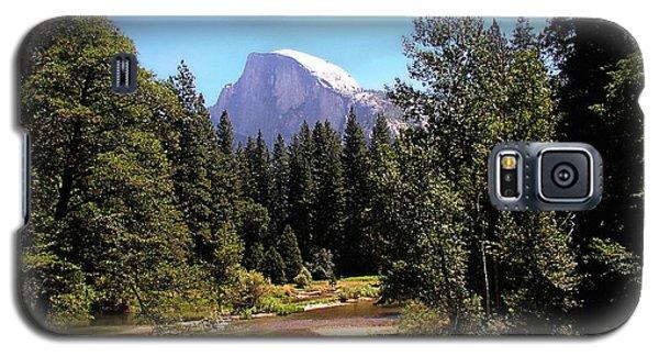 Half Dome From Ahwanee Bridge - Yosemite Galaxy S5 Case