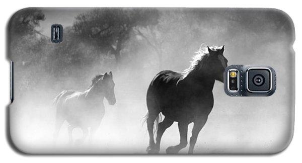 Horses On The Run Galaxy S5 Case