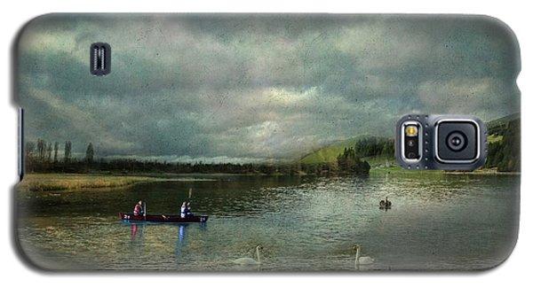 Idyllic Swans Lake Galaxy S5 Case