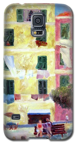 Italian Piazza With Laundry Galaxy S5 Case