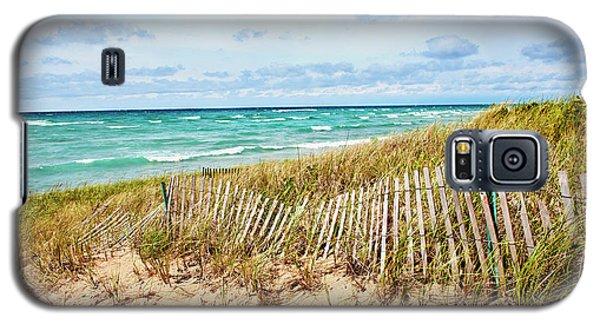 Lake Michigan Beachcombing Galaxy S5 Case