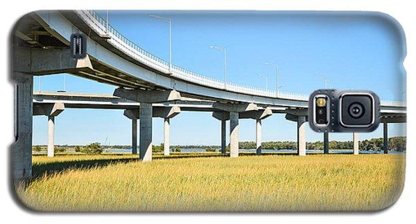 Long Concrete Bridge  Galaxy S5 Case