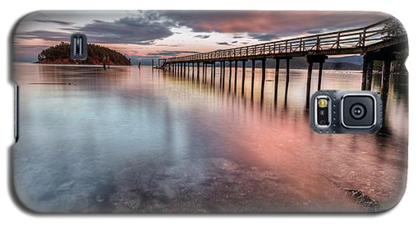 Galaxy S5 Case featuring the photograph Mayne Island by Jacqui Boonstra