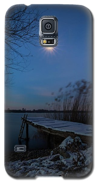 Moonlight Over The Lake Galaxy S5 Case
